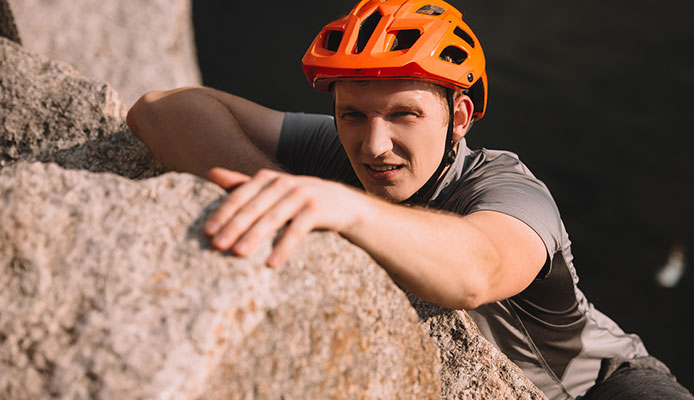 How_To_Choose_Climbing_Helmet