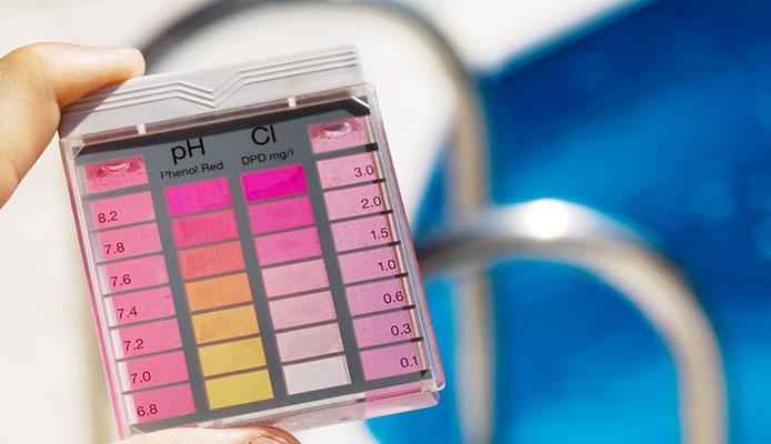 Liquid_Chlorine_vs_Tablets_Comparisson_Guide