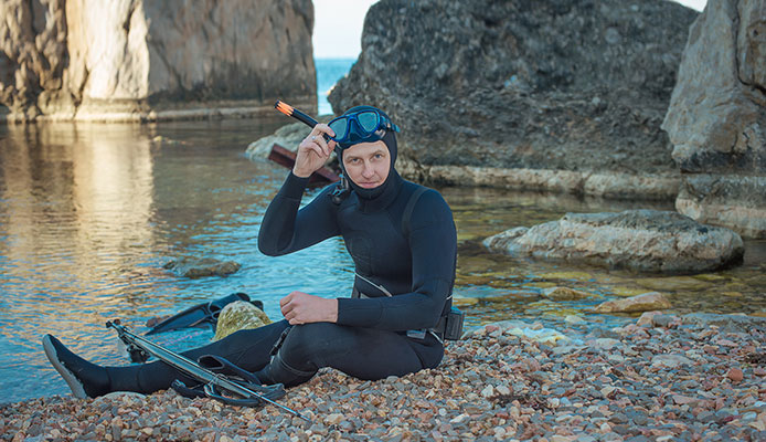What_should_you_wear_under_wetsuit