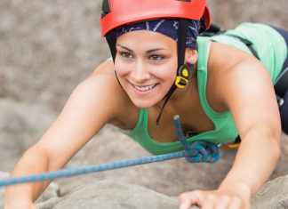 10_Types_Of_Climbing_Harness_(Buying_Guide)