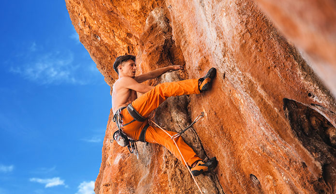 Best_Climbing_Harnesses_For_Beginners