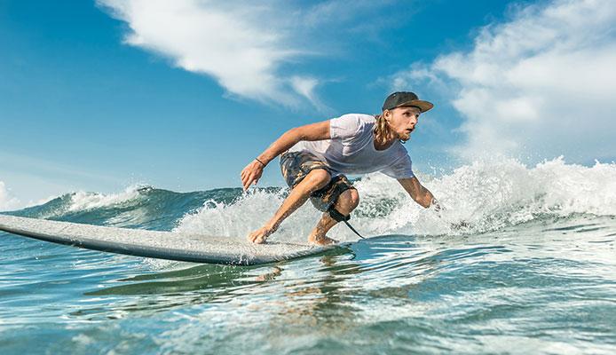 Bodyboarding_vs_Surfing_Comparisson_Guide