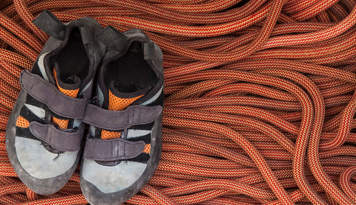 How_To_Break_And_Stretch_Climbing_Shoes