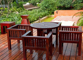 How_To_Clean_Patio_Furniture_Easy_And_Simple_Solutions