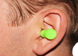 How_To_Put_Earplugs_Easy_And_Simple_Guide