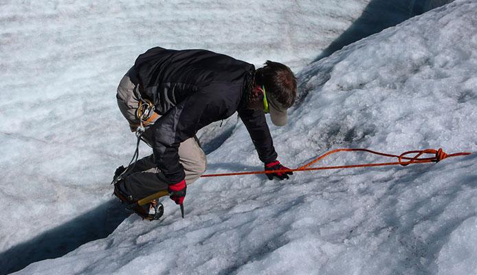How_do_you_rescue_crevasse