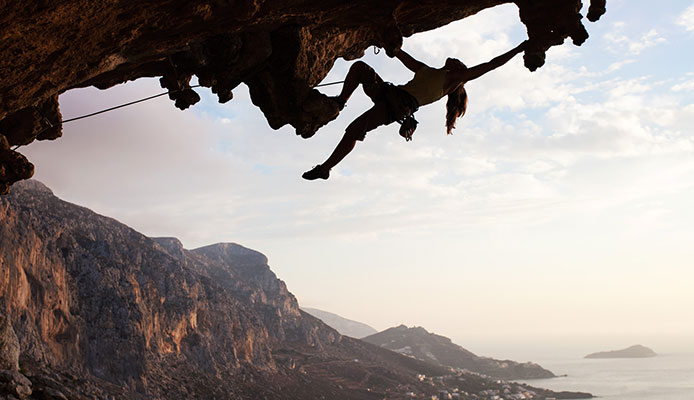 How_do_you_take_lead_climbing_in_the_fall
