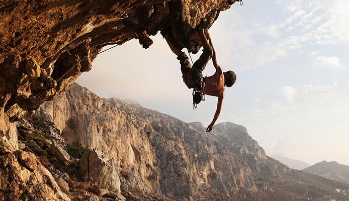 Is_lead_climbing_dangerous