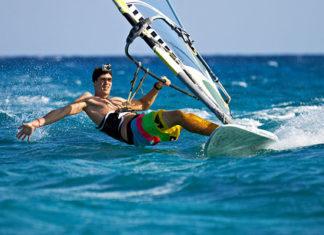 Windsurfing_Equipment_Guide_For_Beginners
