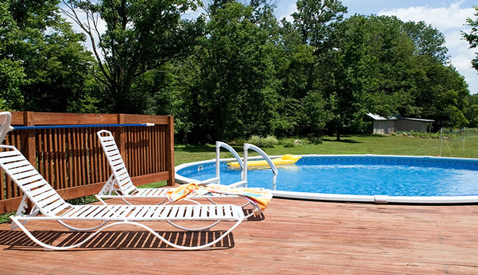 DIY_Project_How_To_Build_An_Above_Ground_Pool_Deck