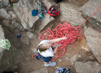 How_To_Belay_Belaying_Techniques