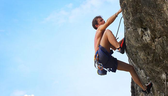 How_do_you_teach_climbing_techniques_