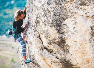 Chimney_Climbing_How_To_Do_Rock_Climbing_Chimney