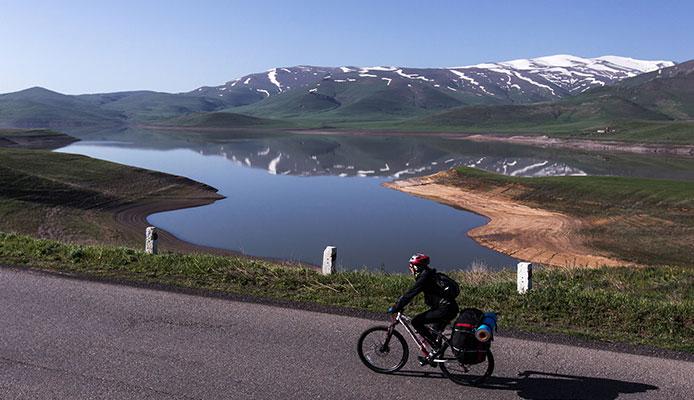 Touring_Bikes_Under_$1000