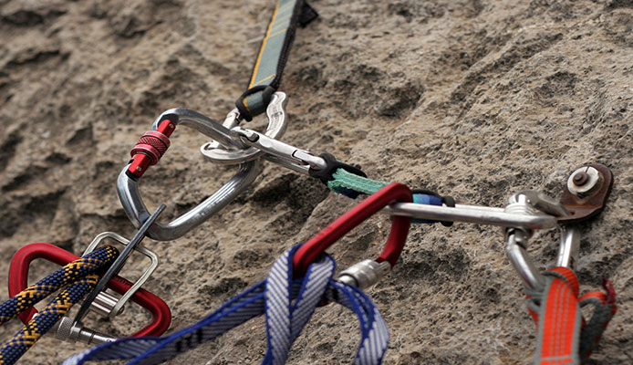 What_is_the_difference_between_dry_and_non_dry_rope_