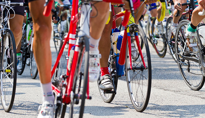 Flat_vs_Clipless_Pedals_-_Comparisson_Guide