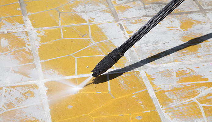 How_can_I_clean_my_patio_without_a_pressure_washer_