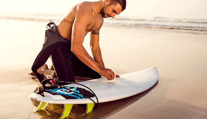 How_do_you_get_wax_off_a_surfboard_for_painting_