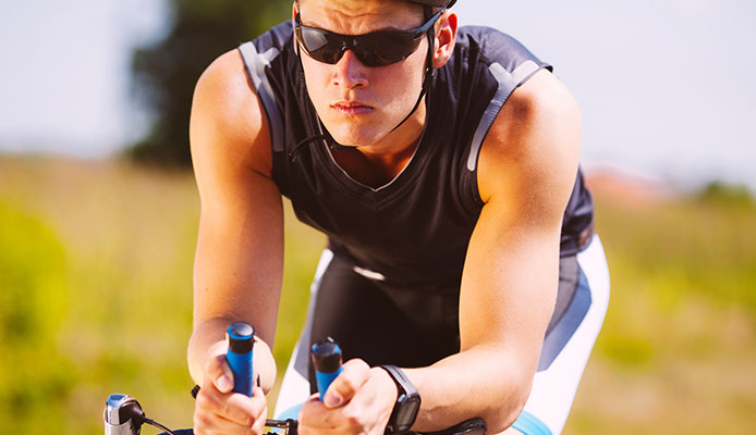 Are_Polarized_Sunglasses_Good_For_Cycling_