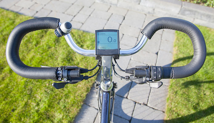 Do_you_still_have_to_pedal_an_electric_bike_