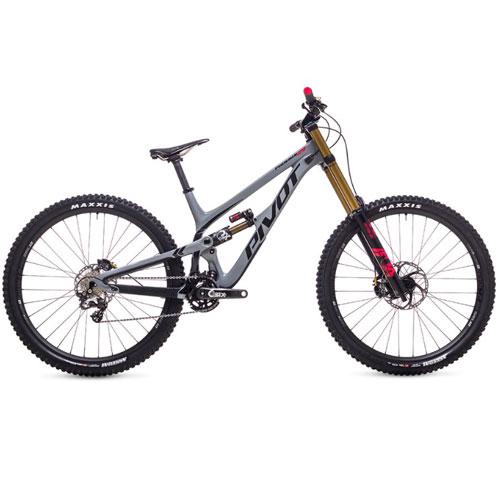 Pivot Phoenix 29 Carbon Saint Downhill Mountain Bike