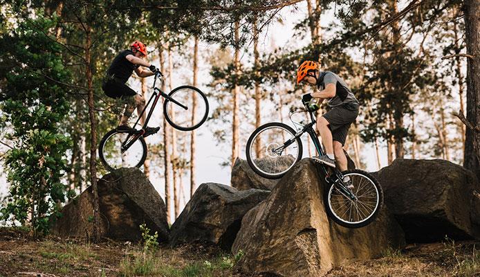 Bike_Climbing_10_Tips_To_Improve_Bike_Hill_Climbing
