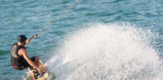 How_To_Wakeboard_Wakeboarding_For_Beginners